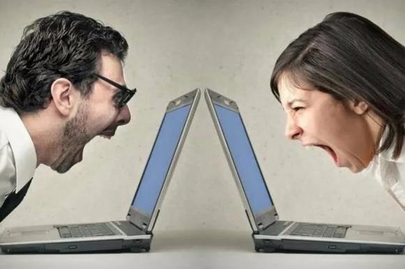 Дискуссии по поводу российско-болгарских отношений захлёстывают интернет Болгарии