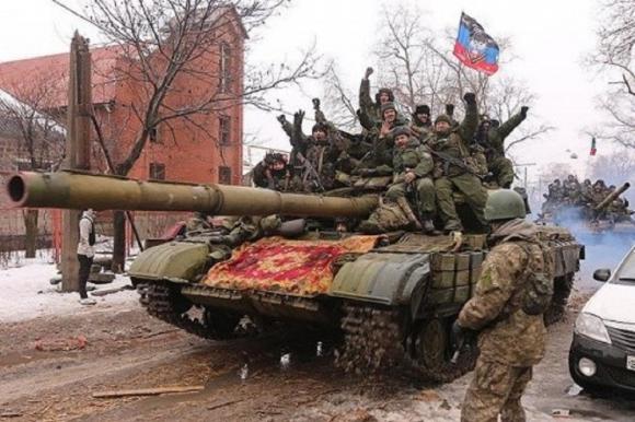 Участники войны в Донбассе раскритиковали состояние НМ ДНР и ЛНР, а также дали прогноз результатов возможного наступления ВСУ