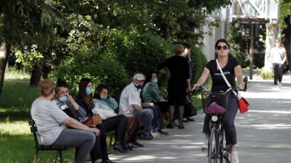 В Черногории надеются летом принимать туристов без ограничений, но до победы над эпидемией пока далеко