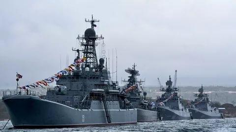 Западный эксперт призвал Украину, Грузию, Румынию и Болгарию самостоятельно готовиться к войне против России