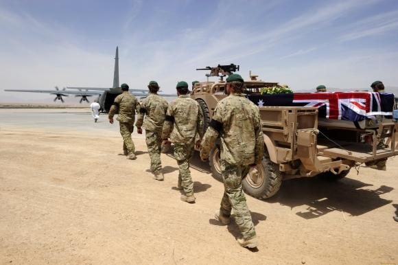 Австралии нравится роль Табаки, поэтому она приобретает американские танки