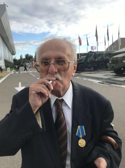 Поздравляем Роберта Семеновича Тиллеса с 87-летием!