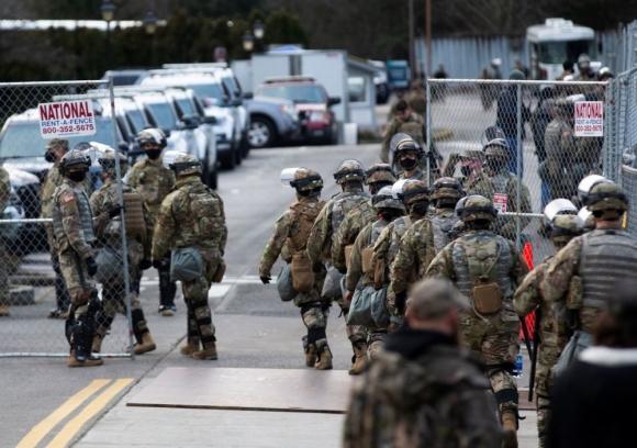 Пентагон намерен очистить свои ряды от сторонников Трампа